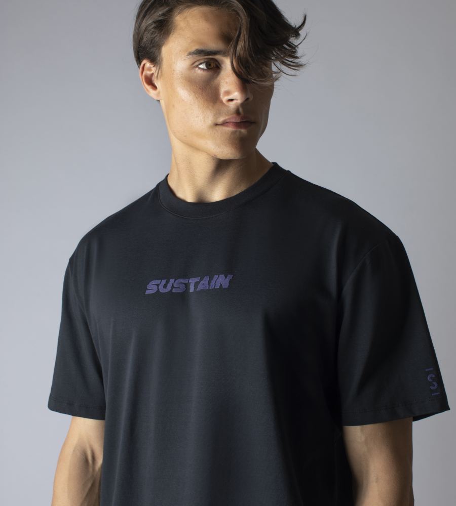 T-Shirt Met Futuristisch Artwork afbeelding 3